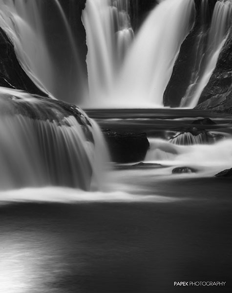 Waterfall, Black and White, Oregon, photo
