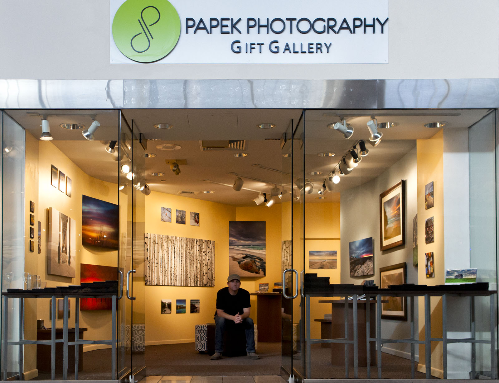 Papek Gallery, photo